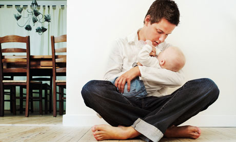 why men should receive paternity leave essay Essays paternity leave for men paternity leave for men 7 july 2016 that is why it is very crucial for companies to allow men paternity leave so that they can help with the rigorous routine that they now have to get used to.